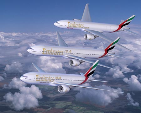 Boeing 777 in Emirates livery